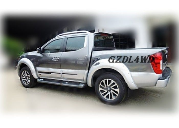 Çin 2015 NP300 Navara Pickup Fender Flares With Gloss / Textured Surface Finish Fabrika